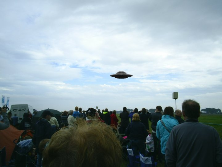 Christians, Be Prepared for Awesome Sightings of UFOs